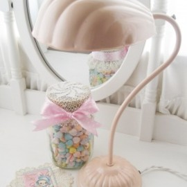 "Burman Co. - Vintage ""PINK SHELL DESIGN SHADE"" Gooseneck Lamp"