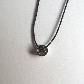 "PHINGERIN - Tiny Circle A Necklace ""Platinum"""