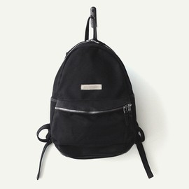 MAKR CARRY GOODS - ROUND BACKPACK