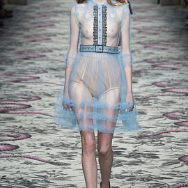 GUCCI - SS2016 Look27(Madison Stubbington)