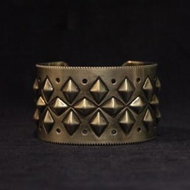 Cody Sandrson for TAKAHIROMIYASHITA The SoloIst. - multi dia cuff.