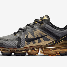 NIKE - NIKE AIR VAPORMAX 2019 METALLIC GOLD
