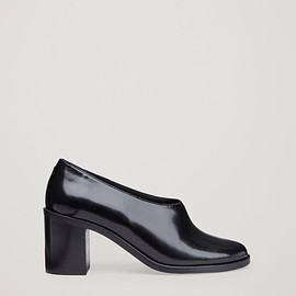 COS - Chunky leather heels  in Black