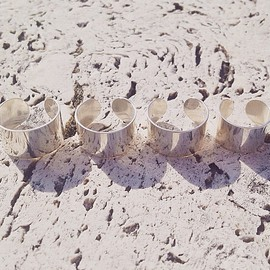 Cut Out Rings