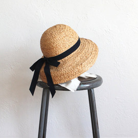 Vintage 90s Natural Cloche Shade Hat with Bow