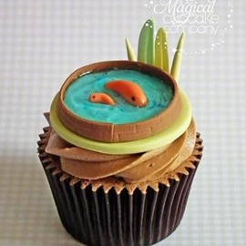 The Magical Cupcake Company - koi pond cupcake!