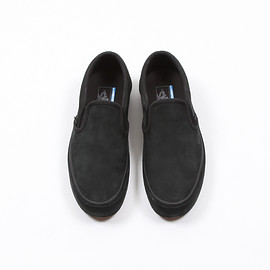 VANS - CLASSIC SLIP-ON WRP #BLACK/BLACK