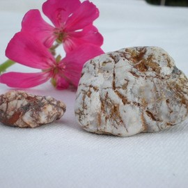 Luulla - Mediterranean beach pebbles, 2 Spanish rocks by Oceangifts
