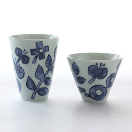 Pebble Ceramic Design Studio - Open Cup Plants