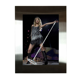 Taylor Swift, Rock Paper Photo, BALOON - TAYLOR SWIFT by DEBRA L. ROTHENBERG