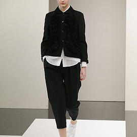 tricot COMME des GARCONS - トリコ・コム デ ギャルソン(tricot COMME des GARÇONS) 2017年春夏コレクション Gallery17