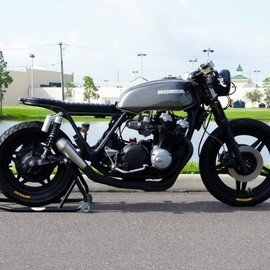 Steel Bent Customs - The Dylan  Honda CB900 1982