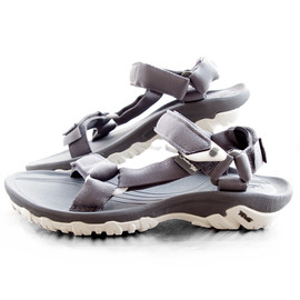 hurricane xlt sandal/ grey