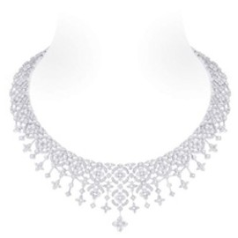 Louis Vuitton - 'Dentelle d'hiver' necklace in white gold cut diamond at 2.58ct and 953 diamonds totalling 14.05ct.