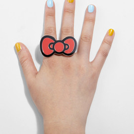 Hello Kitty Brass Knuckles Ring