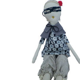 jess brown - Rag Dolls(mask)