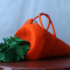 krukrustudio - The Carrot Natural Felt Bag