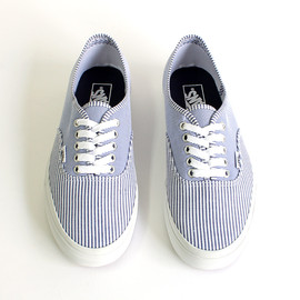 VANS - Multi Stripes Authentic - Dress Blues/True White 01