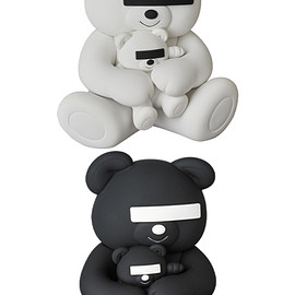 MEDICOM TOY - VCD UNDERCOVER BEAR WHITE/BLACK