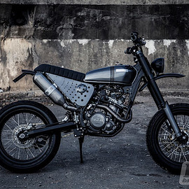 Robinson's Speed Shop - Ktm 525 street tracker