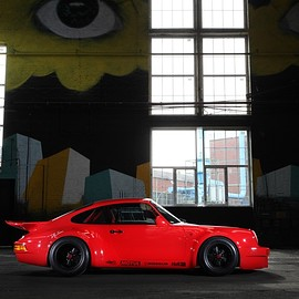 Porsche - 911 Red Evolution