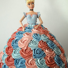 Francisca Neves - Barbie's Dress Cake