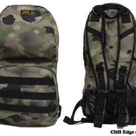 A BATHING APE - 1ST CAMO GRADATION UTILITY バックパック