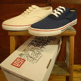 "S/DOUBLE - ""PLIMSOLLS"" DECK SHOES"