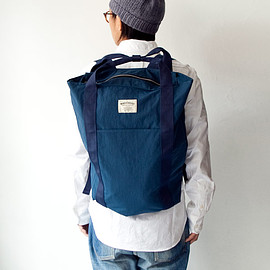WONDER BAGGAGE - WONDER BAGGAGE / Relax sack tote : blue × navy
