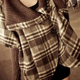 European Style Elegant Oversize Lapel Plaid Outerwear Coat