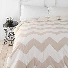 urban outfitters - zig-zag bed sheets