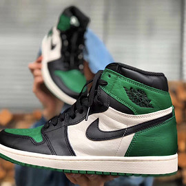 Jordan Brand - Air Jordan 1 Retro High OG - Pine Green/Sail/Black
