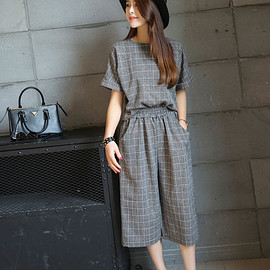 Fashion Street - Short-Sleeve Plaid Top + Cropped Wide Leg Pants Set