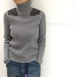 THE NORTH FACE - Trek High Neck Sweater