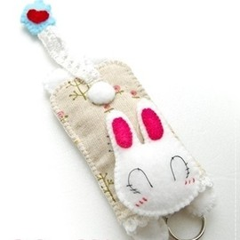 Luulla - I love my home chibi bunny key pouch