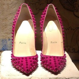 Christian Louboutin - hot pink♡