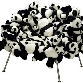 Banquete Chair with Pandas