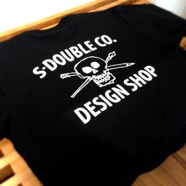 S/DOUBLE - DESIGN SHOP TEE