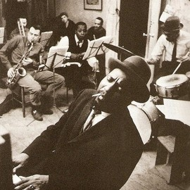 THELONIOUS MONK - THELONIOUS MONK in '59 rehearsing with saxophonists PHIL WOODS and CHARLIE ROUSSE...
