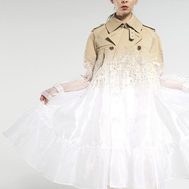 ANREALAGE - CLEAR GRADATION TRENCH COAT