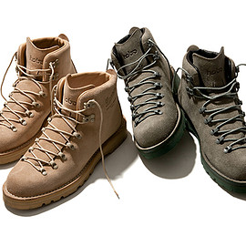hobo - Mountain Light Boots by Danner®