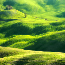 Marcin Sobas - Idyllic Photographs of the Tuscan and Moravian Landscapes