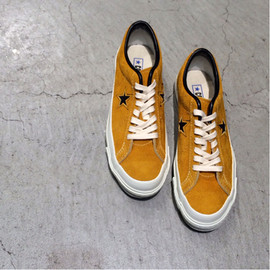 CONVERSE - ONE STAR / Time Line / GOLD
