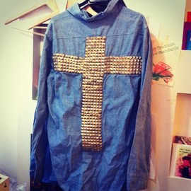 benjamin - cross studs denim shirts
