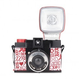 Lomography - Diana F+ Love Letters