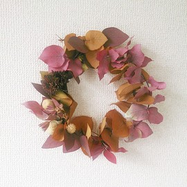min arbetsyta - colored eucalyptus wreath