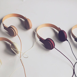 FRANKLIN GAW - A line of intelligent headphones