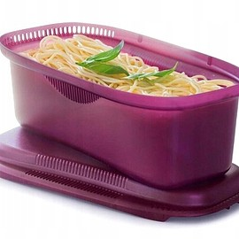 Tupperware - Microwave Pasta Maker