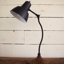 TRUCK - TABLE LAMP T-NA3
