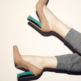 & other stories - Leather and brass pump